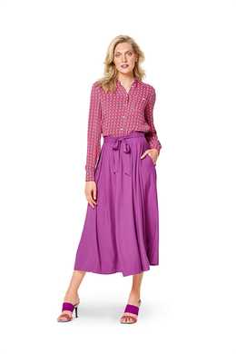 6341. Burda Dam - BURDA STYLE PATTERN MISSES' INVERTED PLEAT SKIRT